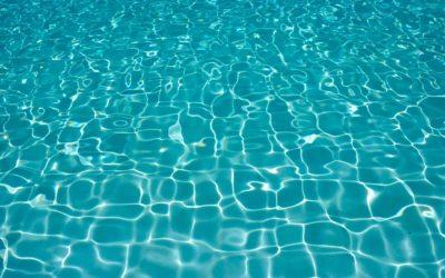 Une piscine d'intérieur ou une piscine d'extérieur ?