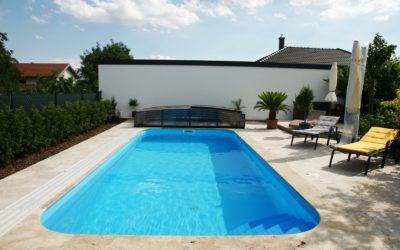 Équipements pour une piscine extérieure à Lille